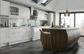 high gloss white and brown santana kitchen picture