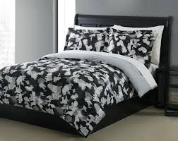 beuatiful bedding nice comforter quilt big size queen design white black colored shades