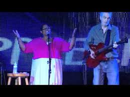 Avis Berry & Scott Campbell.m4v - YouTube