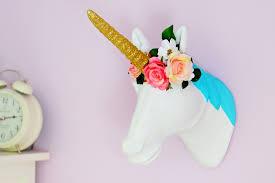 2 ways to decorate a mache unicorn head mache craft home unicorn