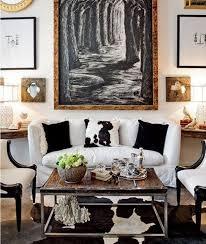 Modern Chic Living Room. Image Source: Decor pad