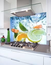 citrus fruits into water printed glass hob splashback