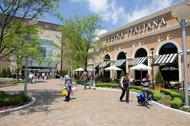 guest services fairlane mall