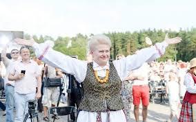 Самые горячие фото Дали Грибаускайте которой исполнился год  1 марта день рождения празднует президент Литвы Даля Грибаускайте