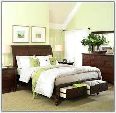 dark cherry wood bedroom furniture sets. Traditional Bedroom Design With Cherry Wood Furniture Set  Dark Sets T