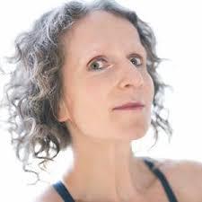 Zita Pavlištová - Contact Improvisación - Calendario Global