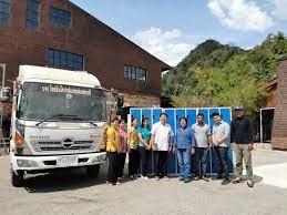 โรงพยาบาลลำทับรับมอบตู้ล็อคเกอร์จาก บ้านไร่ตะวันหวานและบริษัท ไทยอินโดปาล์มออยล์แฟคทอรี่จำกัด – โรงพยาบาลลำทับ