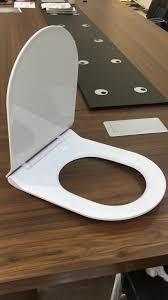 2017 hot new model u shape thin plastic toilet seat cover