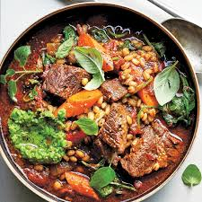 slow cooker beef barley soup with red