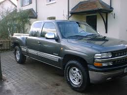 Chevrolet Silverado 1999 review