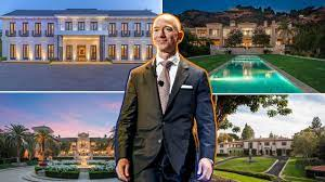 Jeff Bezos Is Shopping for a $100M-Plus ...