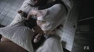 American Horror Story 2x06: The Origins of Monstrosity - Seriadores Anônimos