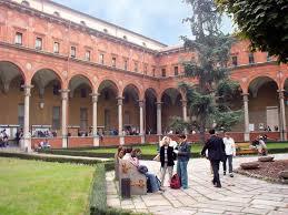 Risultati immagini per immagini gratuite università cattolica di milano