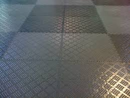 Interlocking Floor Tiles Design — Creative Home Decoration