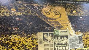 25,000 fans in one spot cheering and standing the whole game. Borussia Dortmund Fans Produced Another Incredible Display In The Stands Last Night Sportbible