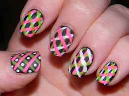 Simple Line Nail Designs for Beginners to Do at Home