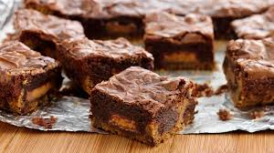 peanut butter cup brownies. Perfect Peanut Peanut Butter Cup Cookie Dough Brownies In