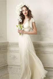 Die Besten 25 Simple Wedding Dresses Uk Ideen Auf Pinterest