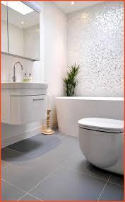 Große Fliesen Kleines Bad Einzigartig Wandfarbe Weiße Küche Luxus 36