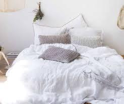 image of clean white duvet cover linen