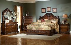 Roseville Master Bedroom Set | Von Furniture
