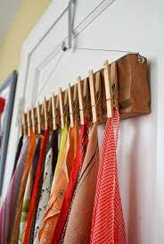 Offener Kleiderschrank - den Raum funktional und dekorativ aufwerten