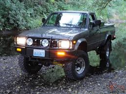 Toyota 4x4 SR5 Long Bed Pickup Hilux 22R ARB Low miles Beautiful Truck