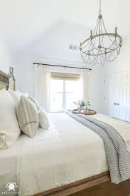 Bedroom Chandeliers For Lighting Guest Bedrooms