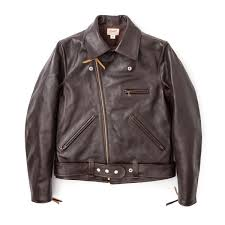 complete the classic biker look thanks to the real mccoy s vast vintage archive they re able to design the jh 1 down to the finest detail