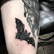 татуировки у девушек Ttatturu