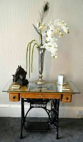 I love this - especially since it preserves the gorgeous old sewing machine  in view.