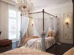 An example of a canopy four poster bed