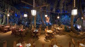 disneyland paris dining reservations phone number