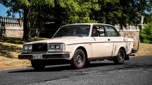 volvo cars 1980s. volvo 240 turns 40 cars 1980s 2