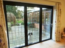 3 panel black aluminium bifold door with lead