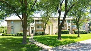 Meadowood Apartments - Kansas City, MO | Apartments.com