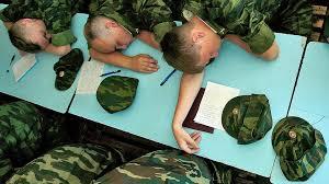 Диплом с погонами Деньги Коммерсантъ Минобороны надеется что выпускники военных кафедр станут активным резервом армии
