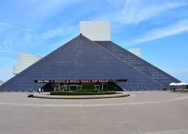 10 most famous architecture buildings.  Buildings 10 Rock And Roll Hall Of Fame By IM Pei For 10 Most Famous Architecture Buildings