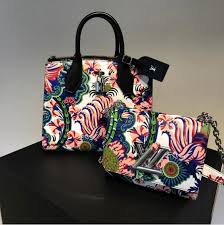 louis vuitton bags 2017. louis-vuitton-multicolor-floral-print-city-steamer-and-twist-bags-fall-2017 louis vuitton bags 2017 e