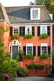 10 Bold Colors to Paint Your Home\u0027s Exterior