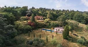 <b>Luxury</b> Cottages | Out of the Ordinary Holiday <b>Homes</b>