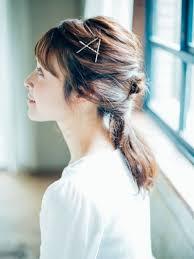 自分でできそういつもの髪型にちょっと変化を加えたヘアアレンジ10選