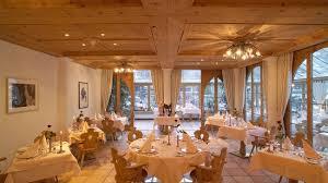 Картинки по запросу отель chasa montana Самнаун sodis