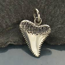 a1350 sv chrm sterling silver shark tooth charm beach charm 18mm