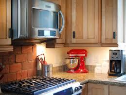 easy under cabinet kitchen lighting