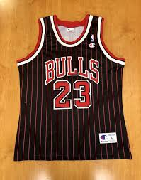 Vintage 1996 Michael Jordan Chicago Bulls Champion Jersey Size Large Nba Finals Hat Shirt Scottie Pippen Authentic Air Jumpman Gold 45 44 48