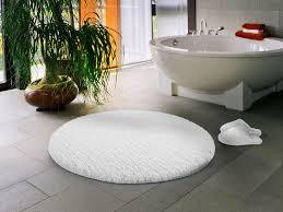 white bathroom rug runner