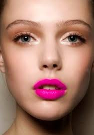 eyeshadow to go with pink lipstick