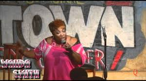 Wanda Smith at Uptown Comedy Corner teaches the ladies on how to handle a  heckler - YouTube