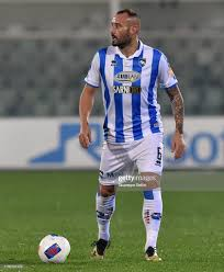 Gennaro Scognamiglio of Pescara Calcio in action during Serie B match...  News Photo - Getty Images